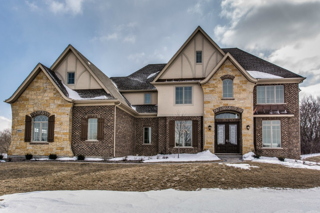 Naperville Stager takes on St. Charles Hollywood Whimsy Style house