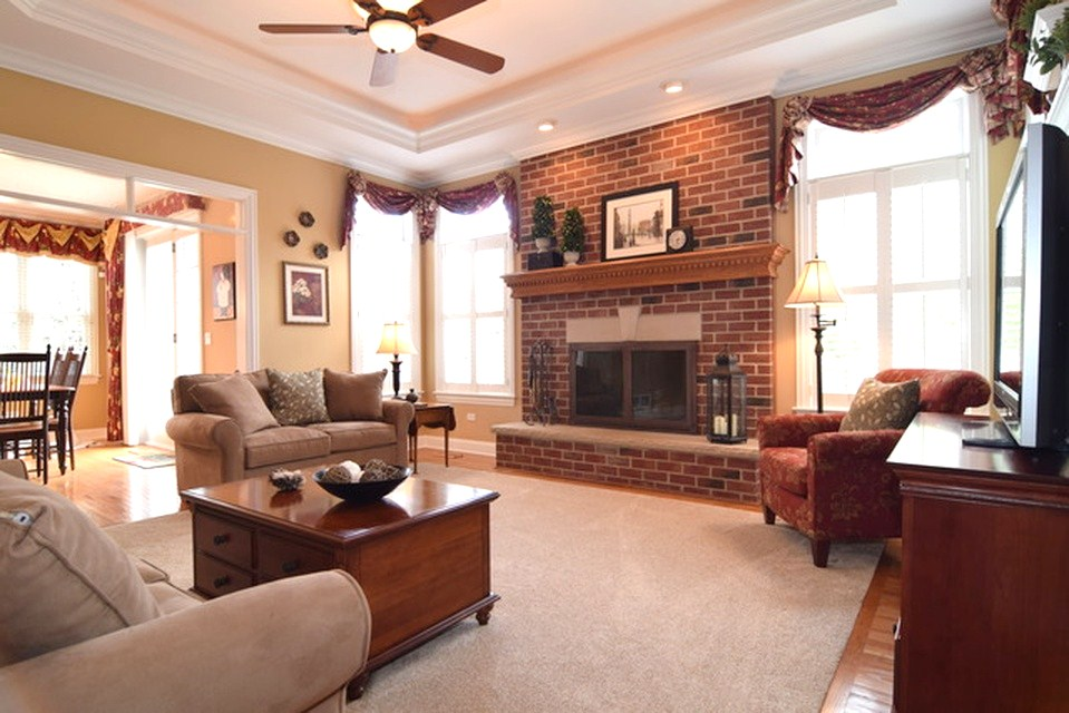 naperville home staging the family room
