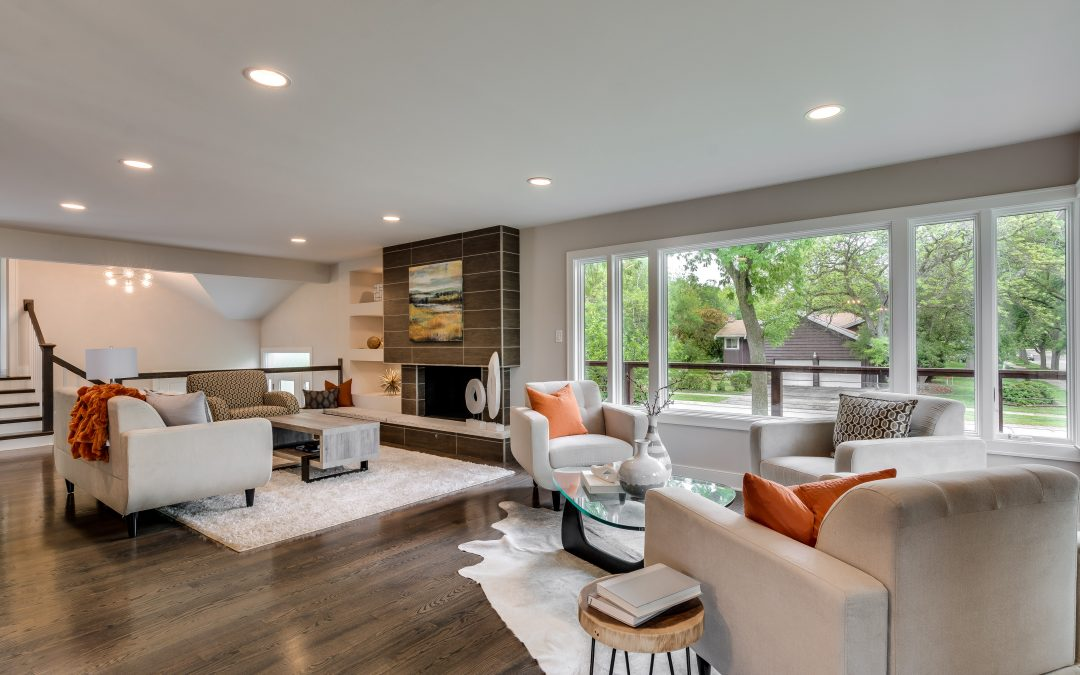 4 Ways to Define a Naperville Living Room When Staging a Property for Sale