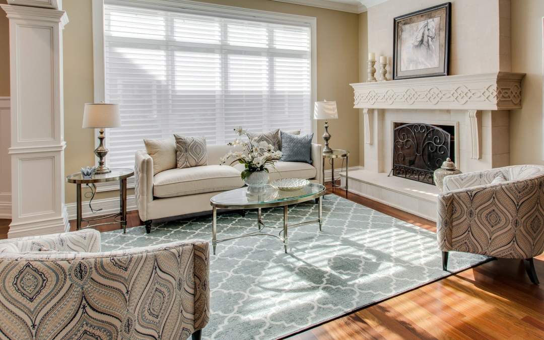 Mixing Patterns Helps Showcase a Naperville Home