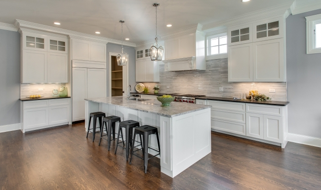 Kitchen Staging Ideas move the eye with accessories