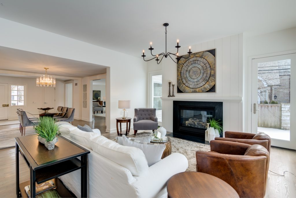 Chicagoland Home Staging Stage An Open Space Hinsdale